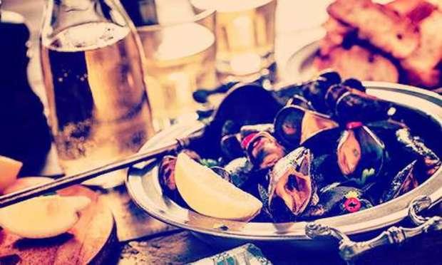 Paris Hen Do Party Ideas for Foodies | Hen Weekends