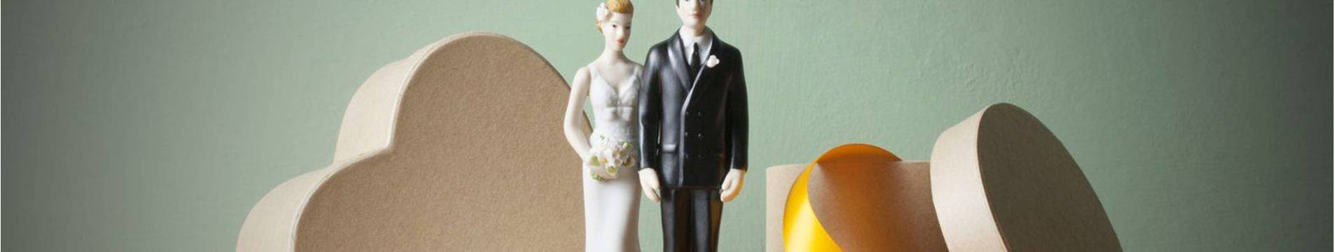 wedding-gift-guide-gifts-the-bride-and-grooms-will-love.jpg