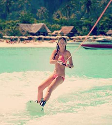 Berlin Hen Party Packages - Wakeboarding and Water Skiing