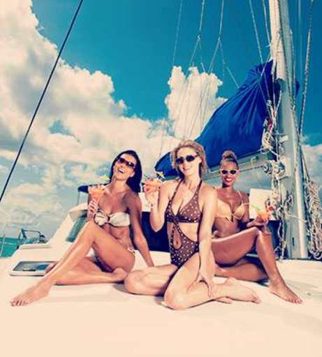 Bratislava Hen Party Packages - Cocktail Cruise