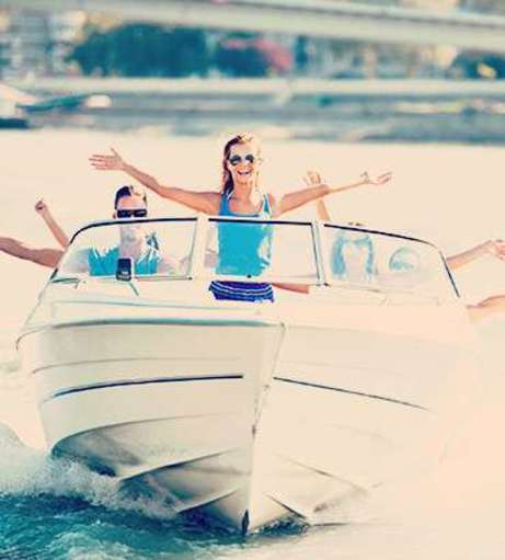 Lloret de Mar Hen Party Packages - Speed Boat